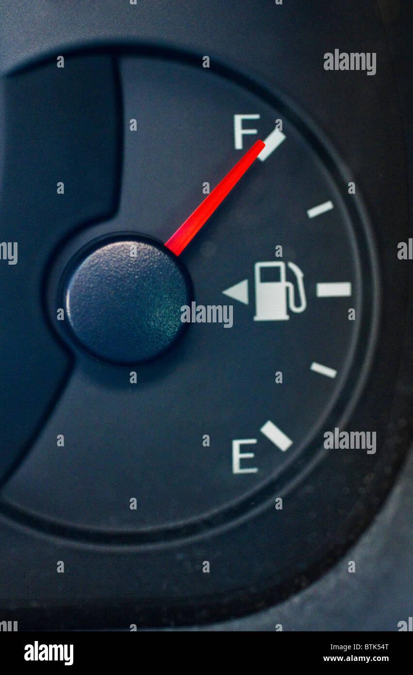 Petrol Gauge Stock Photos & Petrol Gauge Stock Images - Alamy