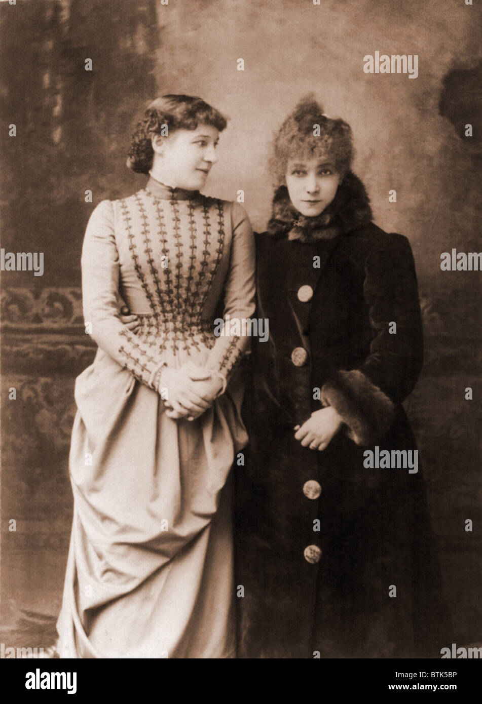 Sarah Bernhardt (1844-1923), French actress, with her English contemporary, actress Lillie Langtry.  Ca. 1887. - Stock Image
