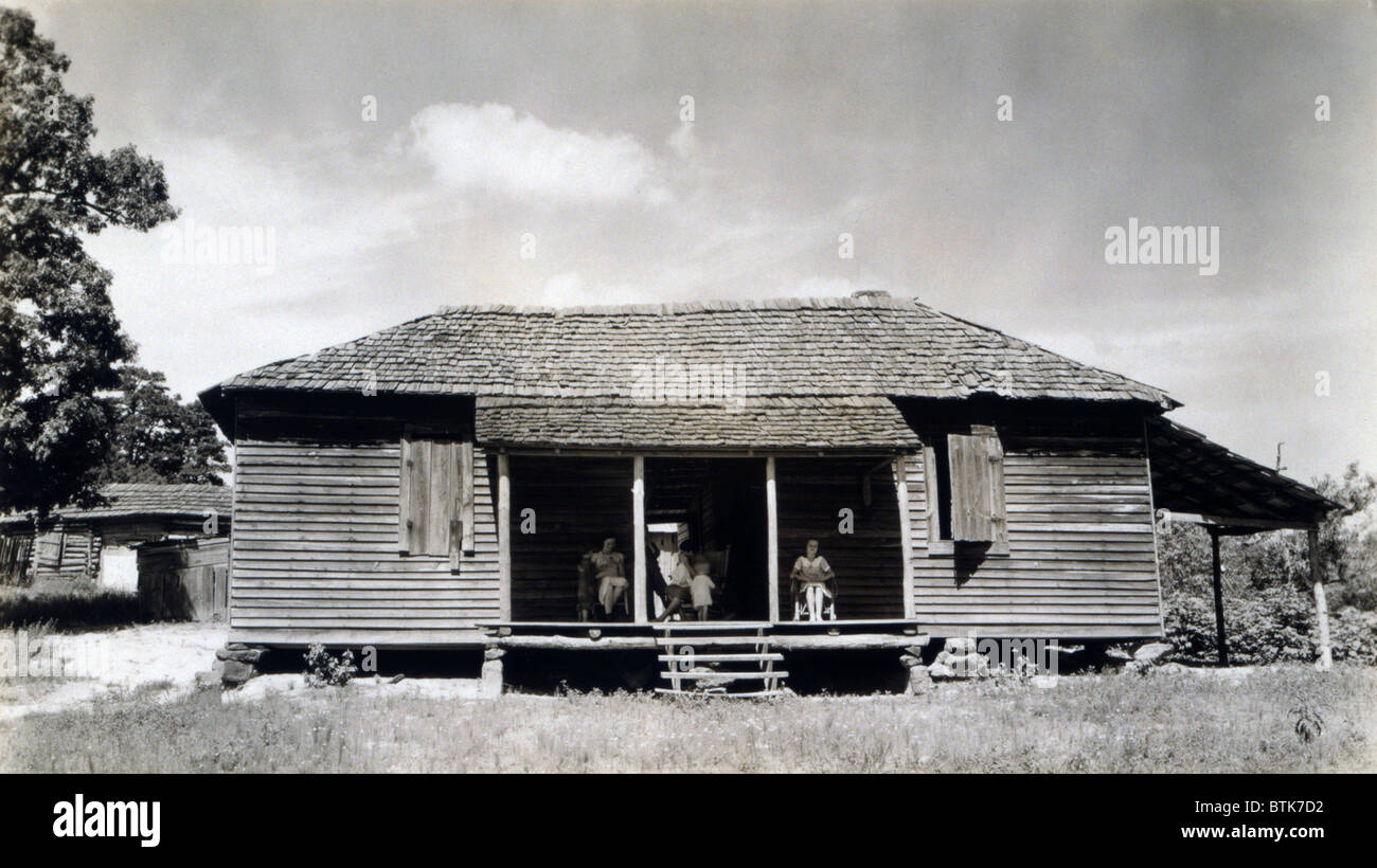 The family home of Floyd Burroughs, cotton sharecropper. Hale County, Alabama. Published in the book, 'Let Us - Stock Image