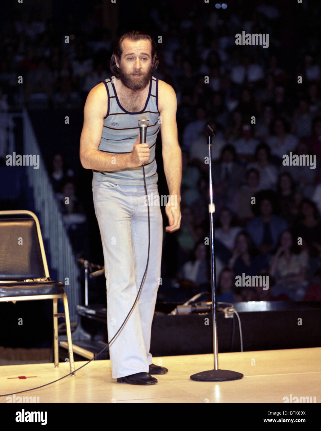 George Carlin, 1974, Millrun Playhouse Theater in the Round, Niles, Illinois. - Stock Image