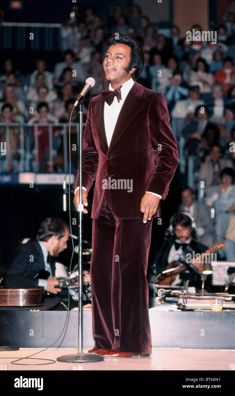 Johnny Mathis, 1975, Millrun Playhouse Theater in the Round, Niles, Illinois. - Stock Image