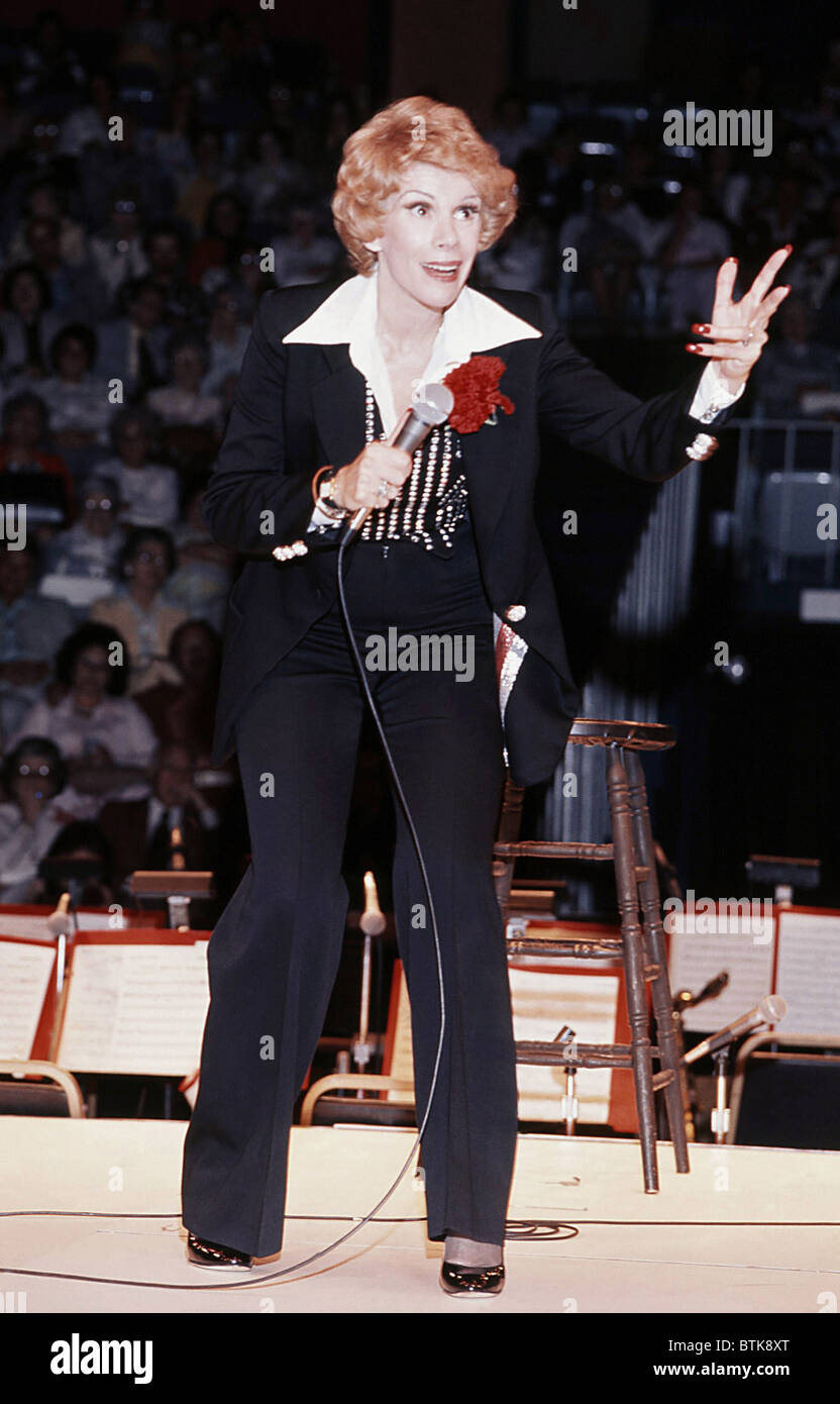 Joan Rivers, 1976, Millrun Playhouse Theater in the Round, Niles ...