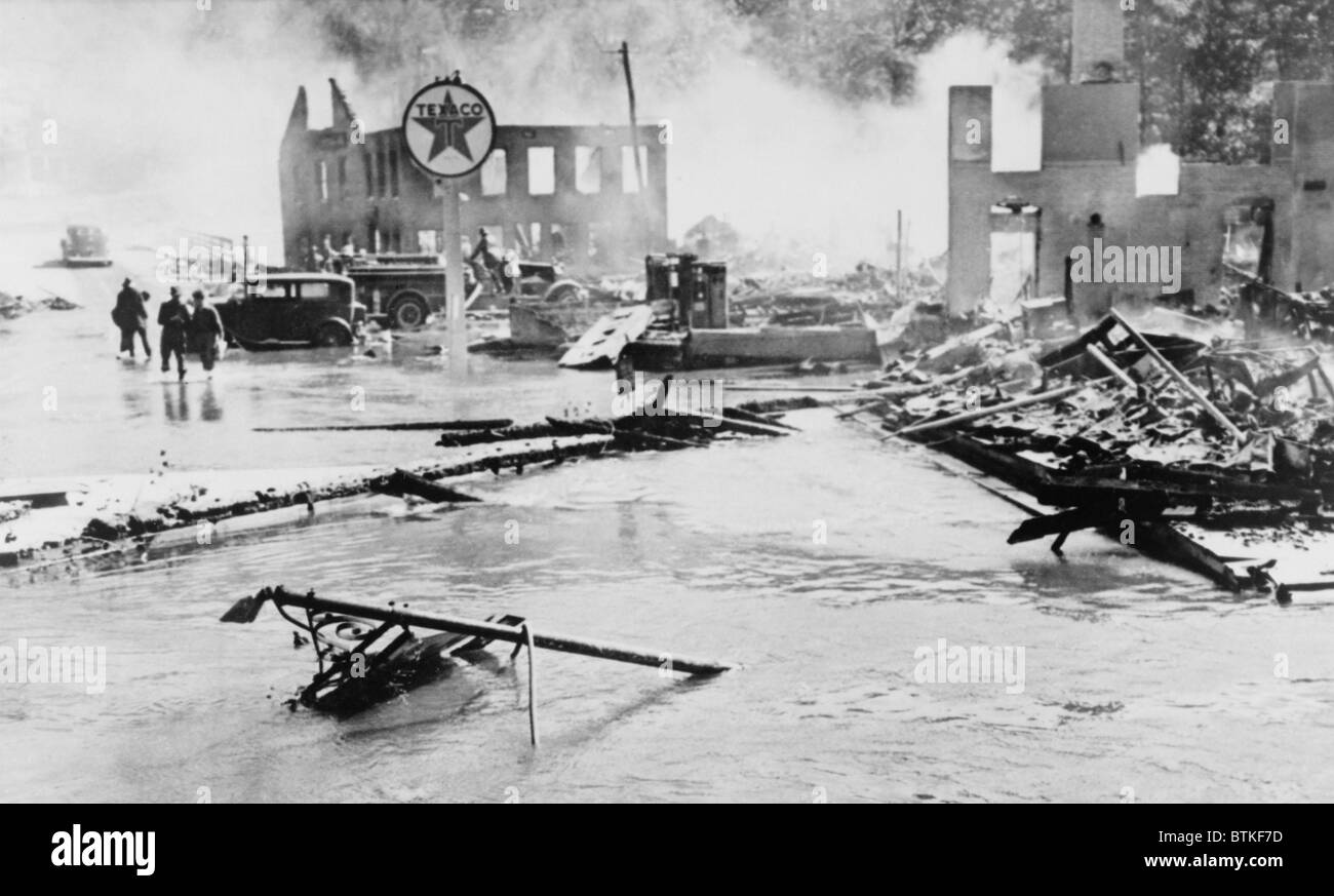 Great Hurricane of 1938. Flood and fire damage in Peterboro, N.H., which occurred after a hurricane which hit New - Stock Image