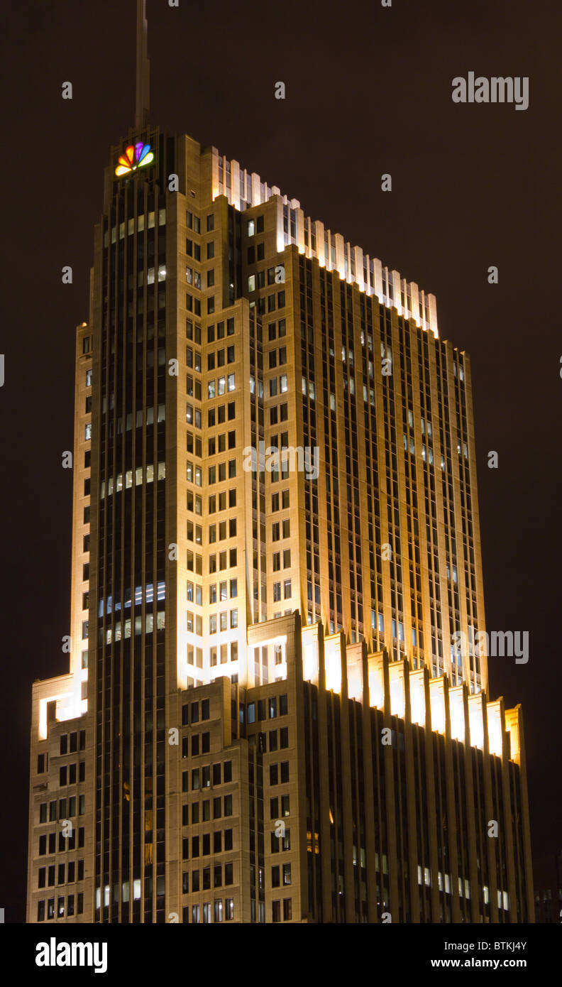 view of  the NBC Tower,  North Columbus Drive, Chicago, Illinois, USA , at night - Stock Image