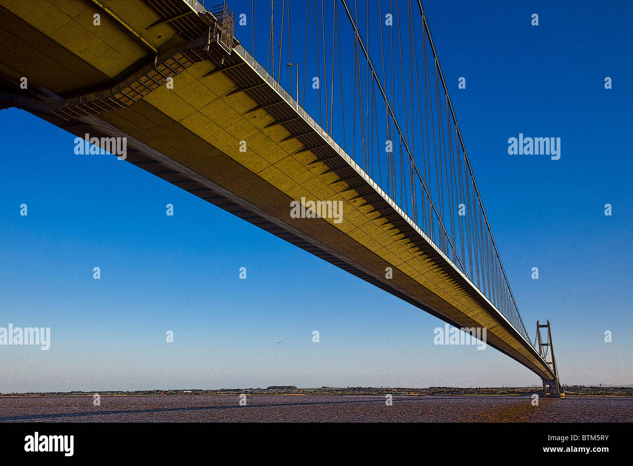 Digitally-altered photograph of Humber Bridge, joining East Yorkshire with North Lincolnshire, England - Stock Image