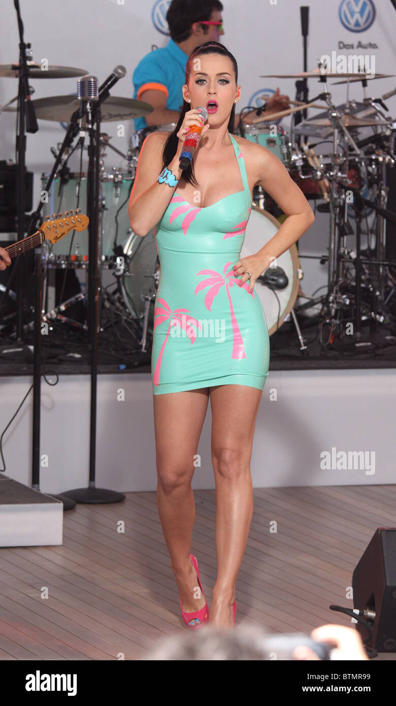 Katy Perry Concert for Launch of 2011 Volkswagen Jetta Stock Photo