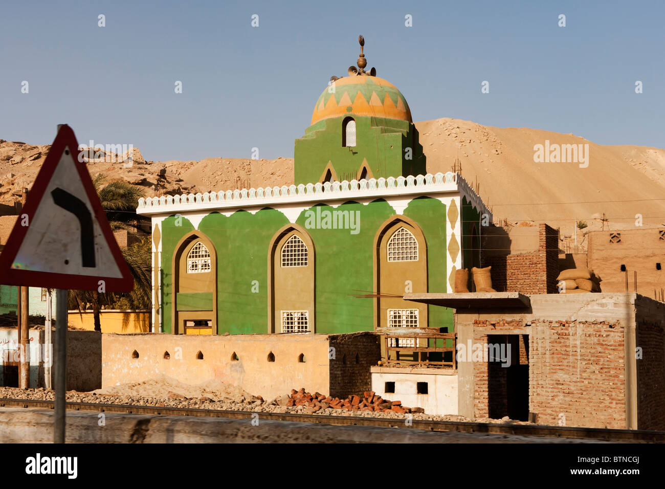 Proud To Me Muslim Stock Photos Images Luxor Besar Green Painted Mosque Close Bend In The Road Near Egypt Image