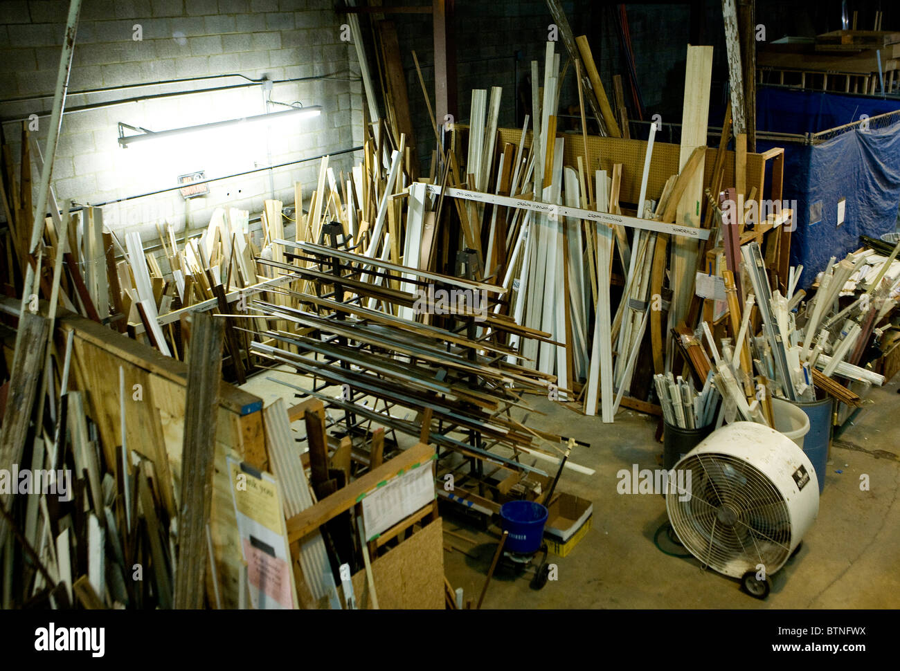 A building materials re-use store. - Stock Image