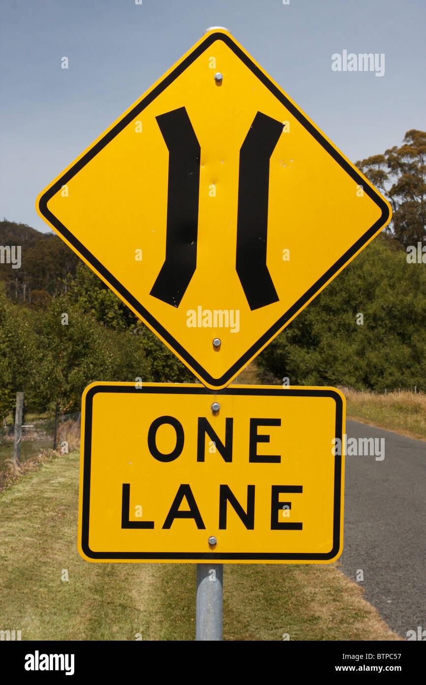 Australia, Tasmania, Narrow road sign - Stock Image
