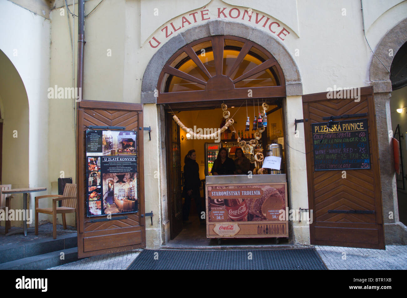 U Zlate Konvice cellar bar exterior at old town square Prague Czech Republic Europe - Stock & Cellar Door Bar Stock Photos u0026 Cellar Door Bar Stock Images - Alamy