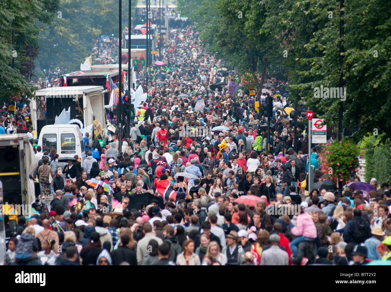 A crowded Ladbroke grove at the Notting Hill Carnival, London, England. - Stock Image