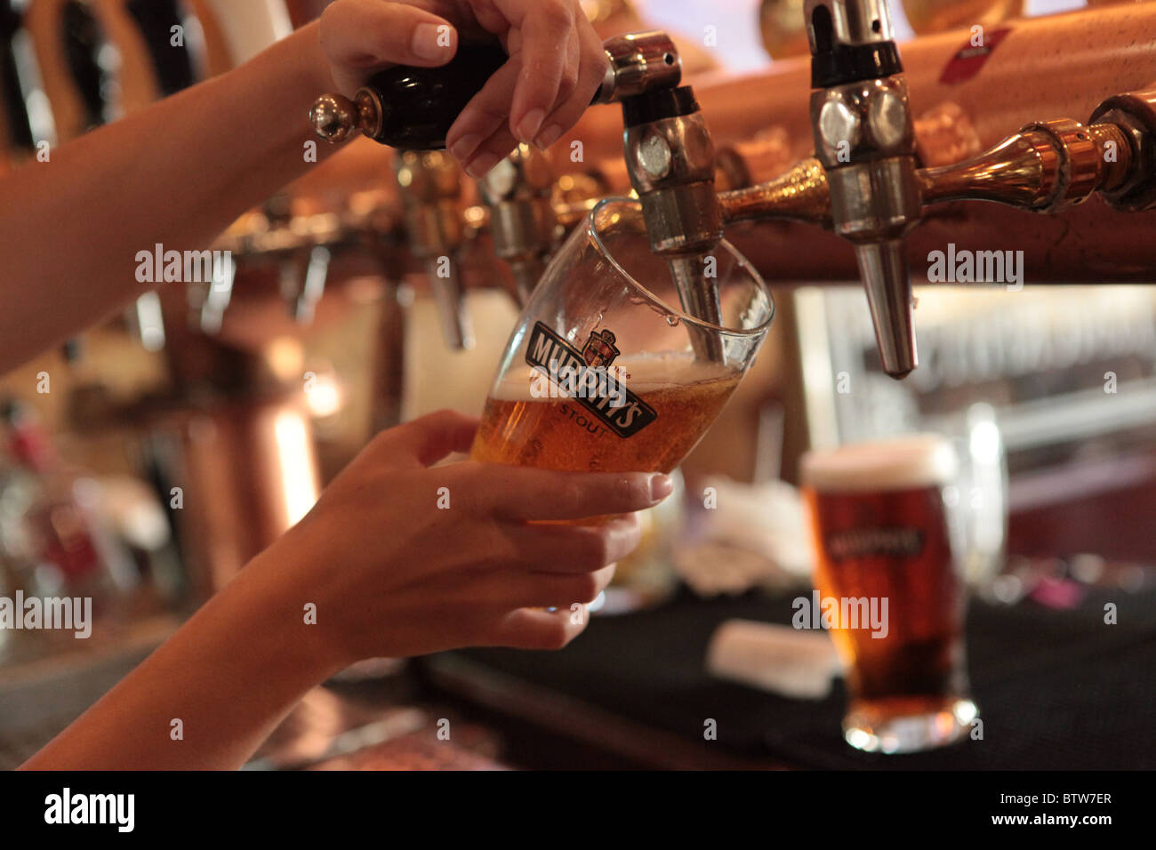 Draught Beer Tap Stock Photos & Draught Beer Tap Stock Images - Alamy