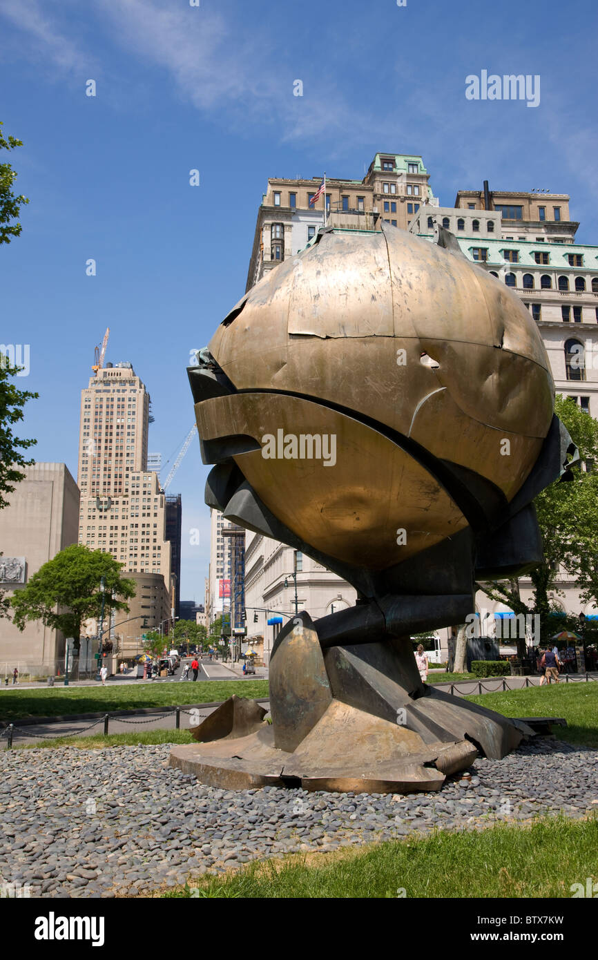 The Sphere by Fritz Koenig moved from the World Trade Center now in Battery Park - Stock Image