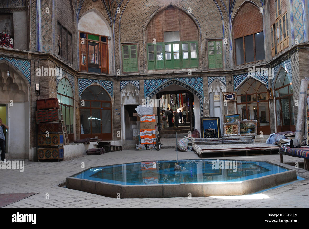 Kashan Bazaar in Iran going back to the Qajar -era.This is the famous Carvan-Sara Bazaar with Timche-ye Amin al - Stock Image
