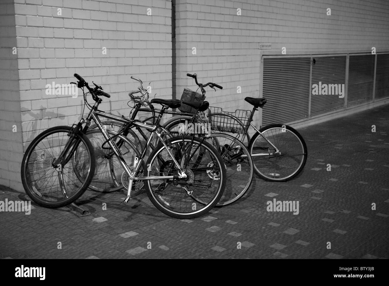 Bicycles at Tel-Aviv harbor - Stock Image