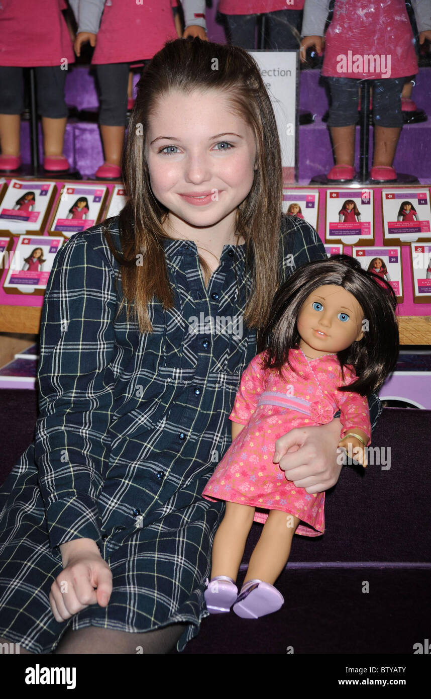 chrissa stands strong named girl of the year american girl doll stock photo 32563355 alamy. Black Bedroom Furniture Sets. Home Design Ideas
