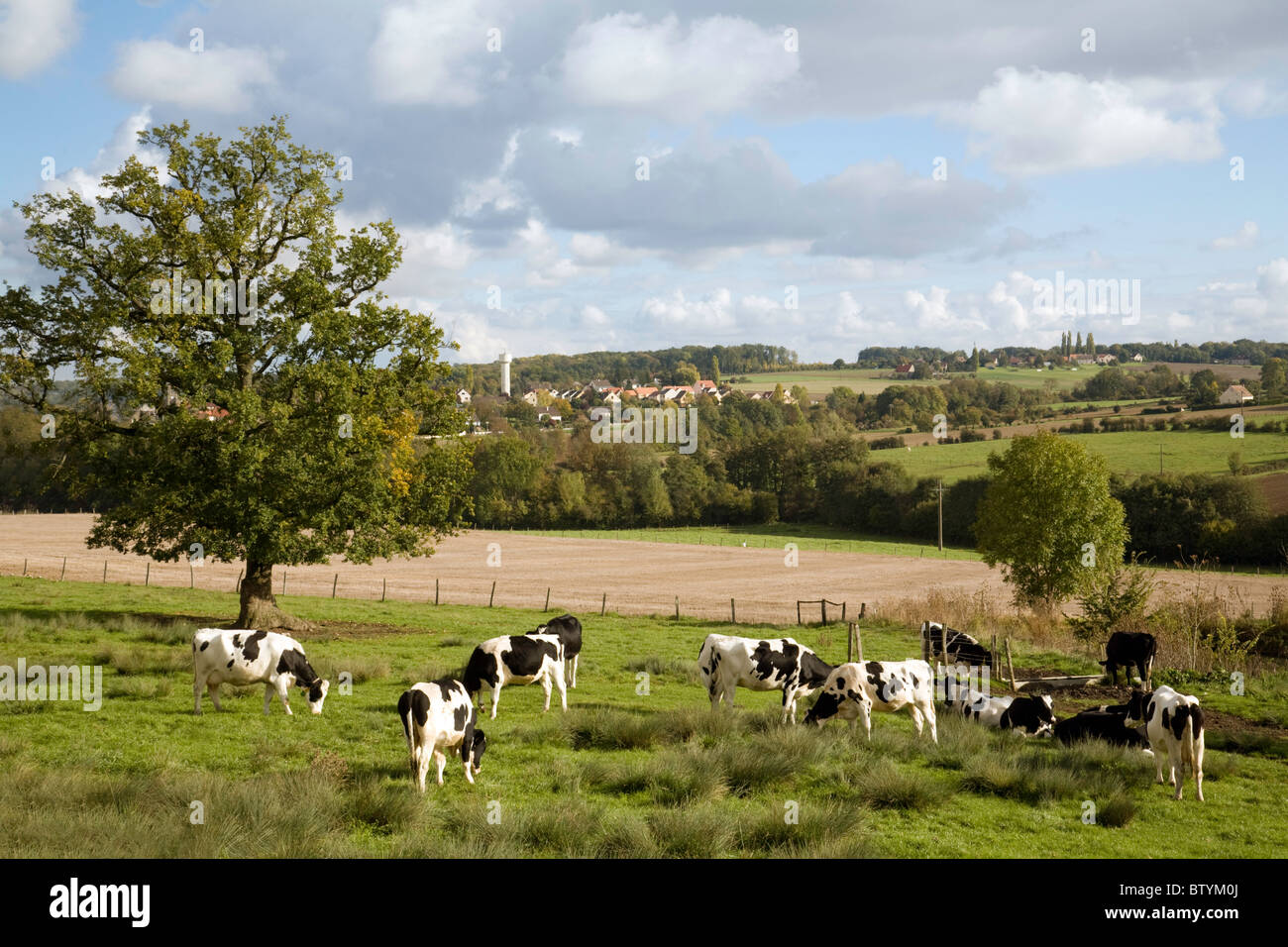 French countryside - farmland overlooking the village of St Simeon near Coulommiers,  ile de france Northern France - Stock Image