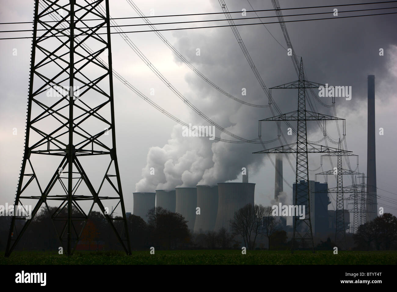 Coal fired power plant., EON Energy company. Cooling towers of one ot the biggest power plants in Europe. Gelsenkirchen, Germany Stock Photo