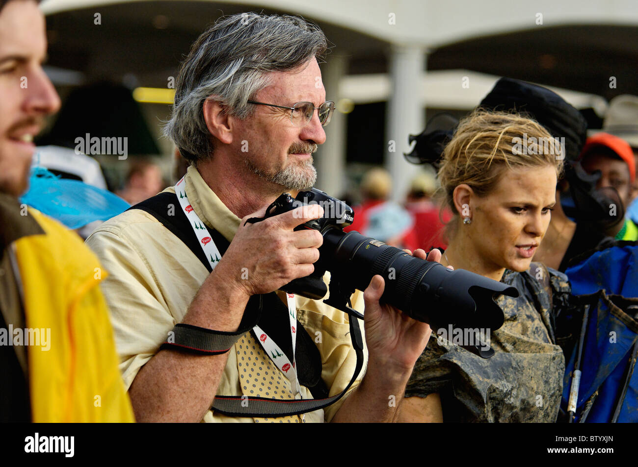 Professional Photographer John Nation Taking Pictures at the 2010 Kentucky Derby in Louisville, Kentucky - Stock Image