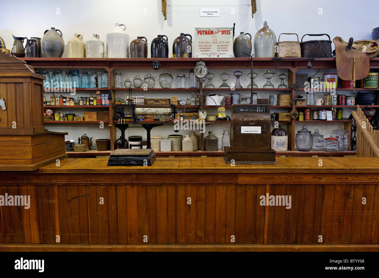 General Store Counter on Display at the Lenoir Museum Cultural Complex at Norris Dam State Park in Anderson County, - Stock Image
