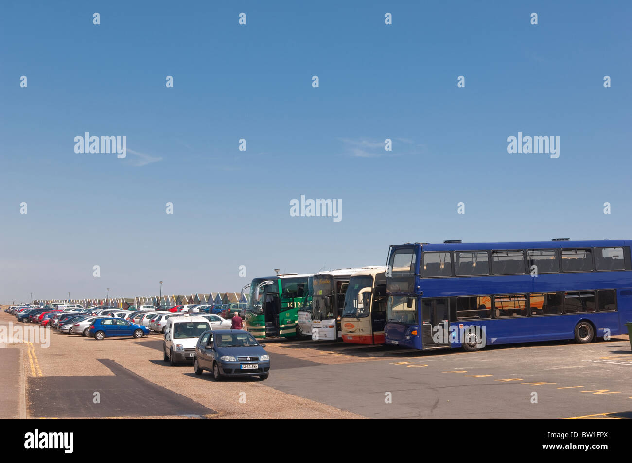 Coaches and cars in the car park at the pier in Southwold , Suffolk , England , Great Britain , Uk - Stock Image