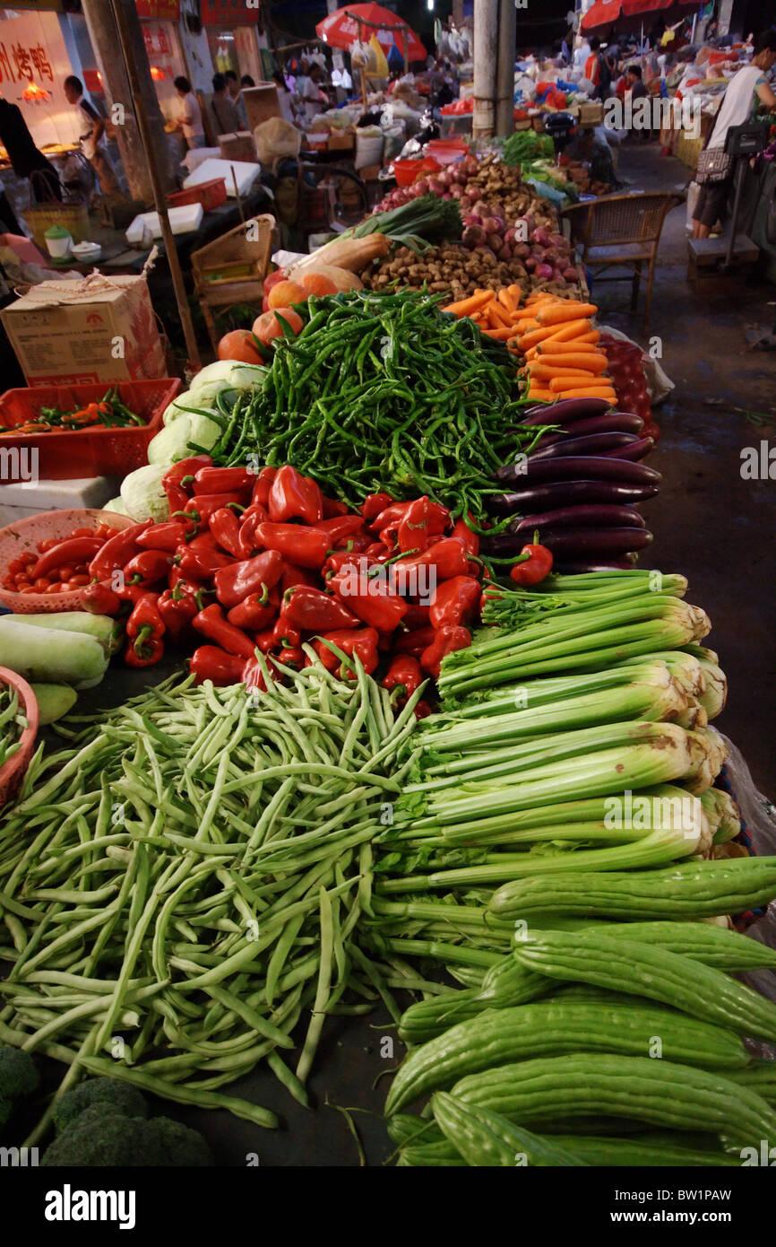 Vegetable fair in Yangshuo, China Stock Photo