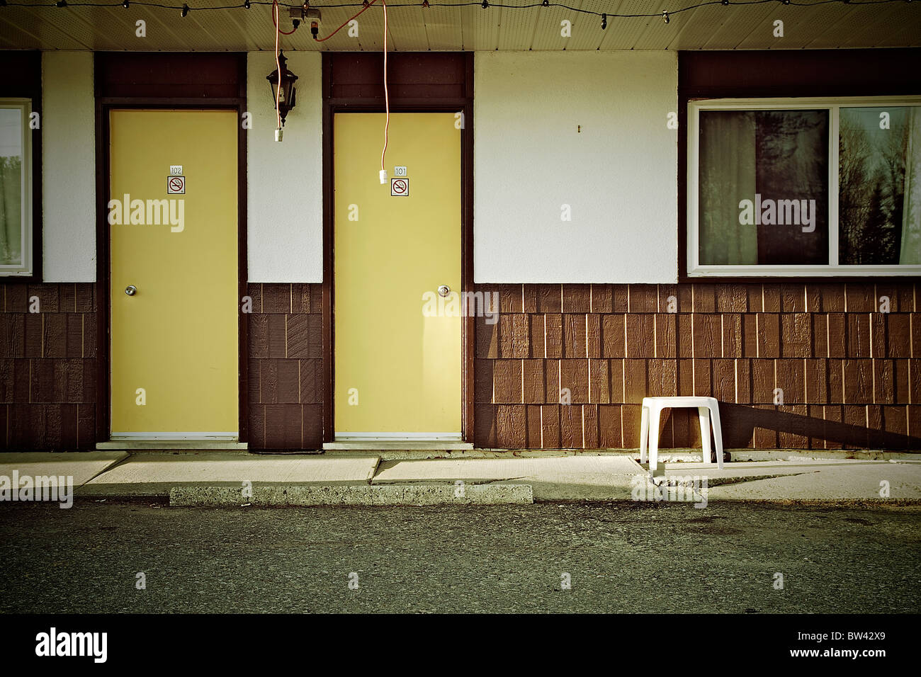 Vintage motel with yellow doors and dangling christmas lights Dryden Ontario Canada - & Motel Door Stock Photos \u0026 Motel Door Stock Images - Alamy