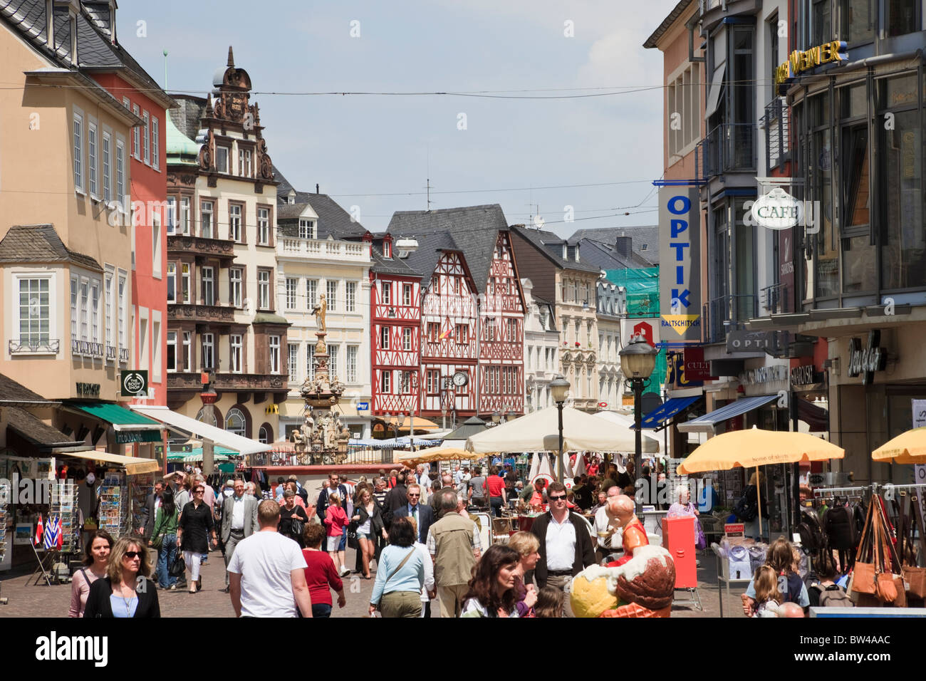 Trier, Rhineland-Palatinate, Germany, Europe. Busy street scene in oldest German city - Stock Image