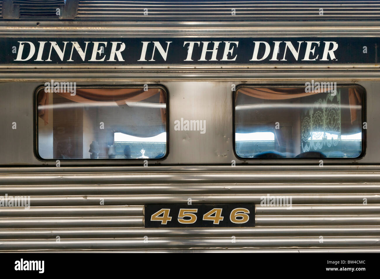 dining car on the chattanooga choo choo train now a hotel restaurant BW4CMC - Chattanooga Choo Choo Gardens Restaurant Menu