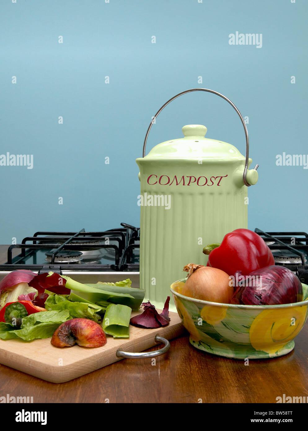 Compost Bin Stock Photos & Compost Bin Stock Images - Alamy