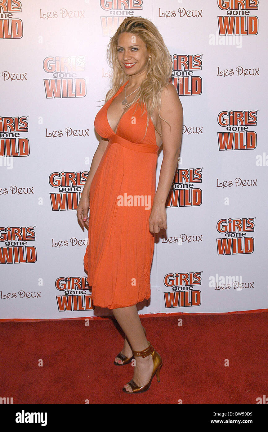 Girls Gone Wild Magazine Cover Release Party