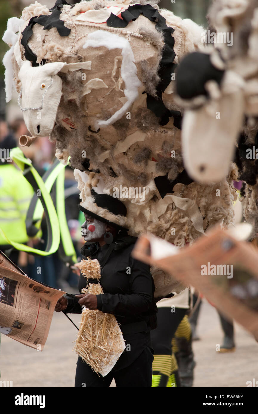 Spitalfields City Farm, The Lord Mayors Show, London, 2010 - Stock Image