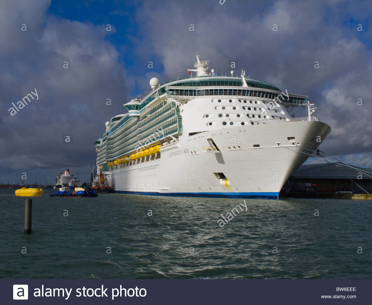 Cruise Ship Independence of the Seas Southampton England - Stock Image
