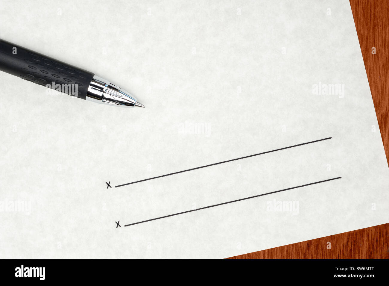 A blank contract waiting to be signed Stock Photo: 32724856 - Alamy