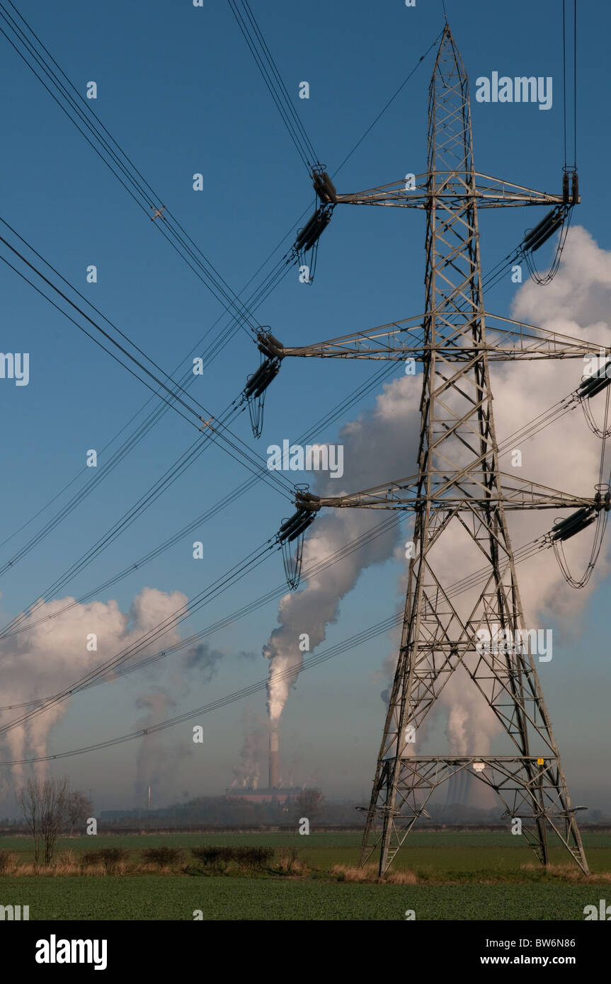 Cottam Coal-fired power station and electricity pylon - Stock Image