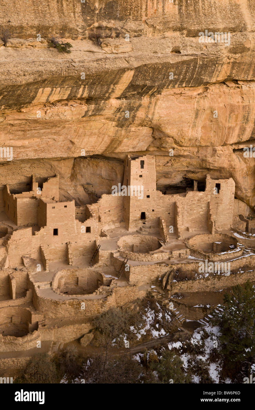 Cliff Palace cave dwellings during winter in Mesa Verde National Park, Colorado, USA. - Stock Image