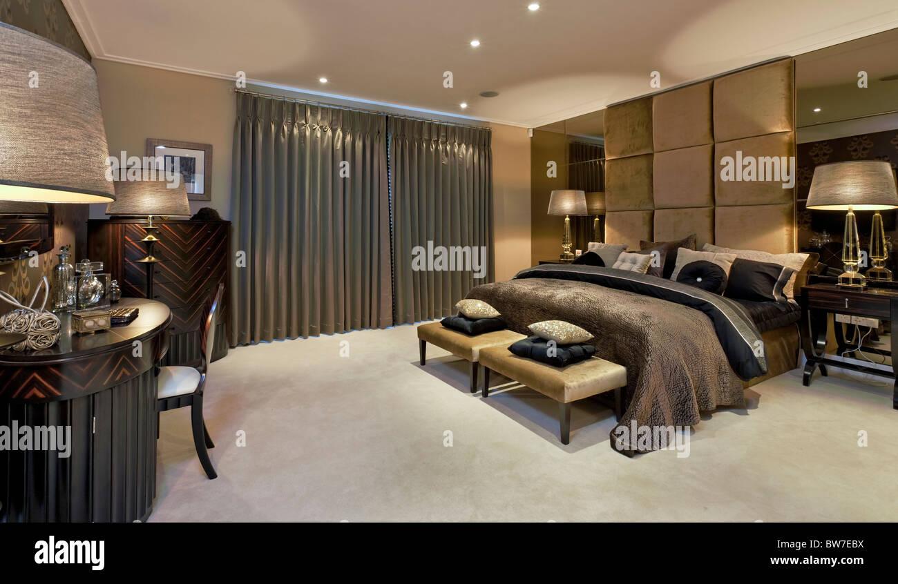 Chigwell Grange luxury housing in Essex. - Stock Image