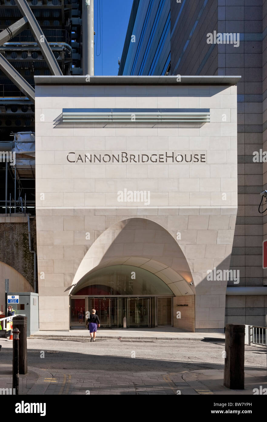 Stone portico entrance for Cannon Bridge House in the City of London. - Stock Image