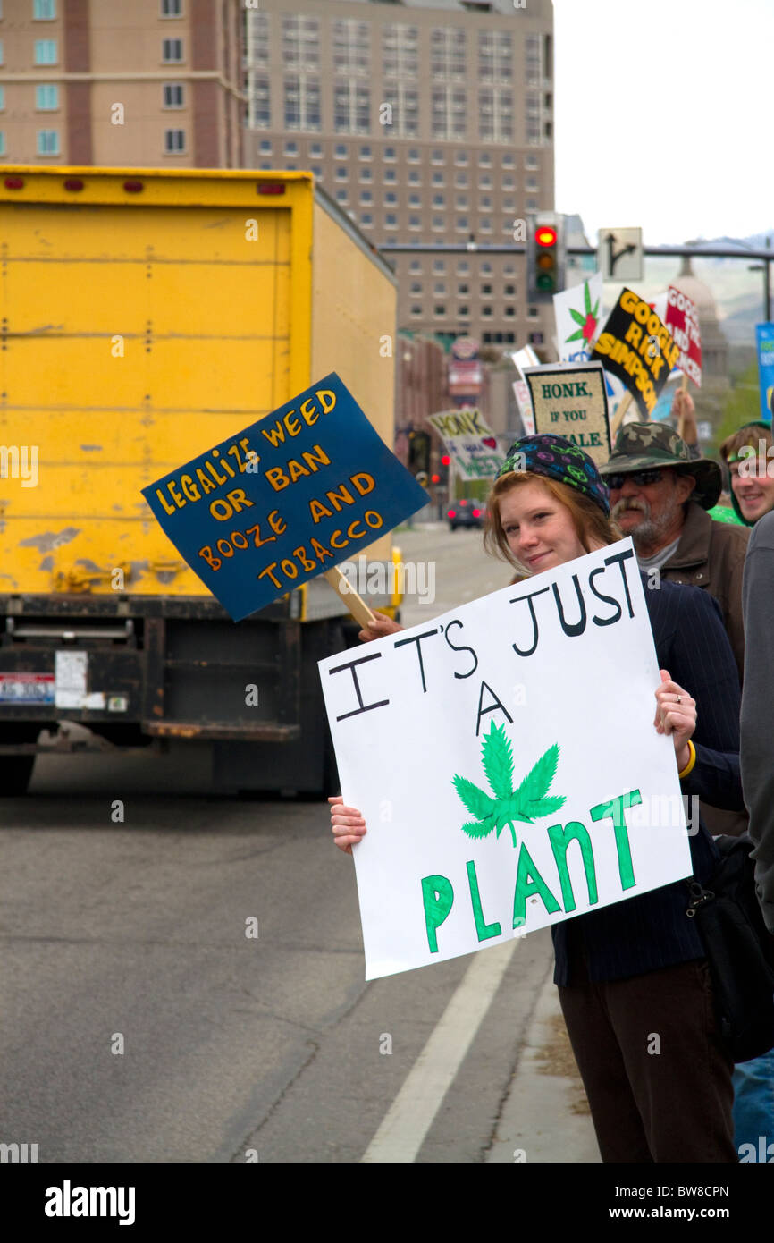 People rally for the legalization of medical marijuana in Boise, Idaho, USA. - Stock Image