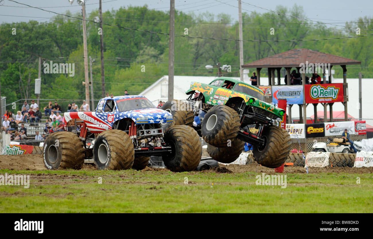 Monster Truck freestyle competition at 4x4 Off-Road Jamboree Monster Truck Show at Lima, Ohio. - Stock Image