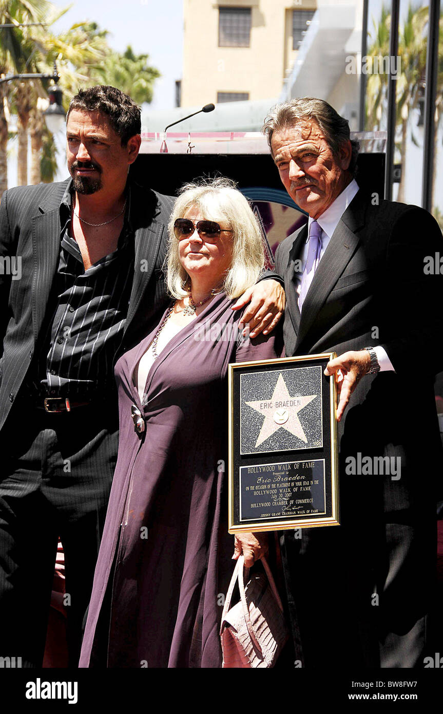 Dale Gudegast High Resolution Stock Photography And Images Alamy The married pair dale russell gudegast and eric braeden are having a blissful life together. https www alamy com stock photo star on the hollywood walk of fame for eric braeden 32764851 html
