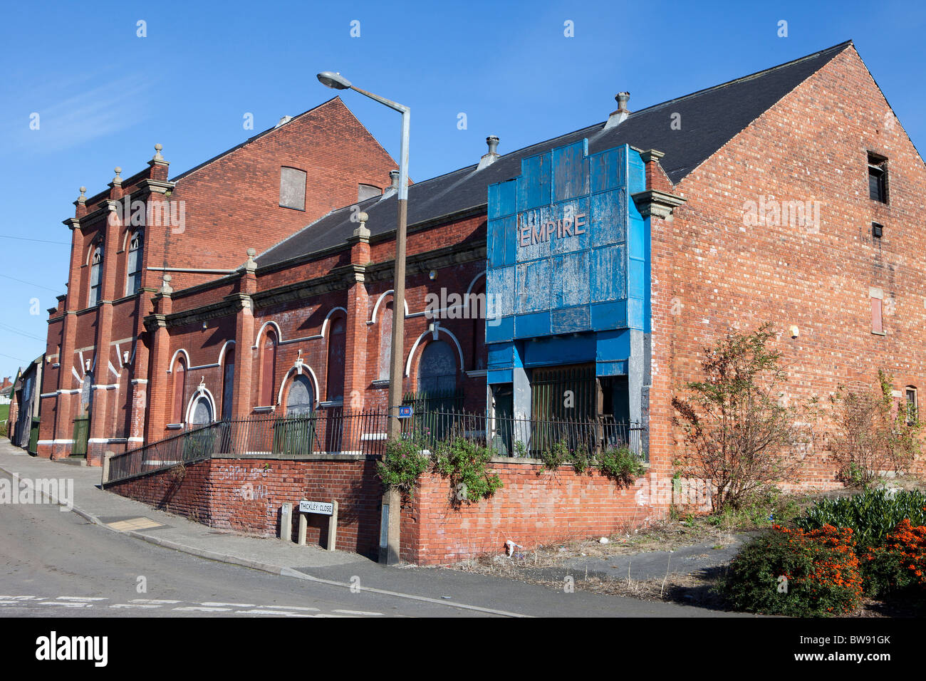 The derelict Empire Theatre in Shirebrook Derbyshire built in 1910. - Stock Image