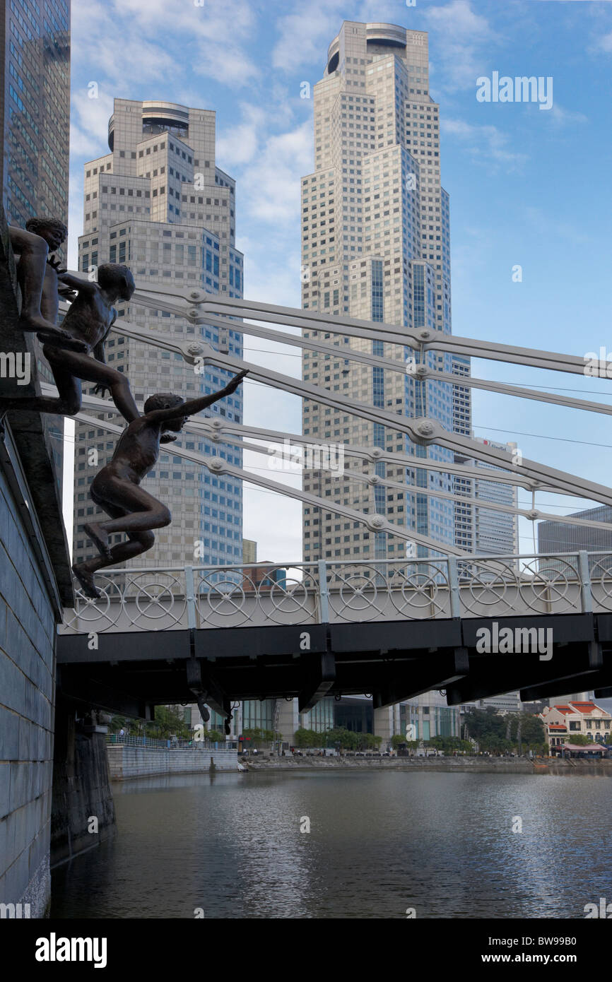 Sculpture by Ching Fah Cheong called 'The First Generation', Central Business District, Singapore - Stock Image