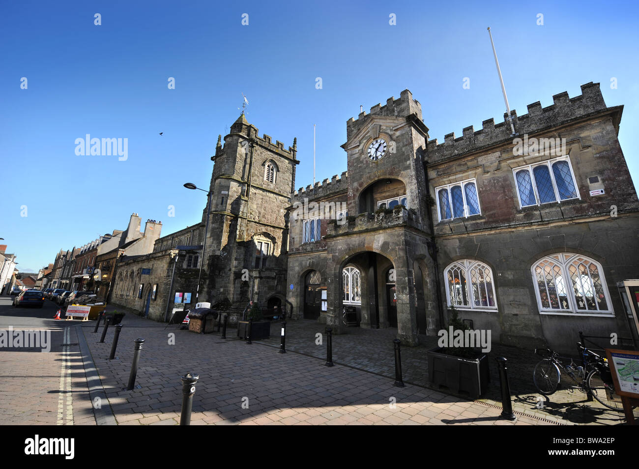 Shaftesbury Town Hall and St Peter's church (left) in the town centre Dorset UK - Stock Image