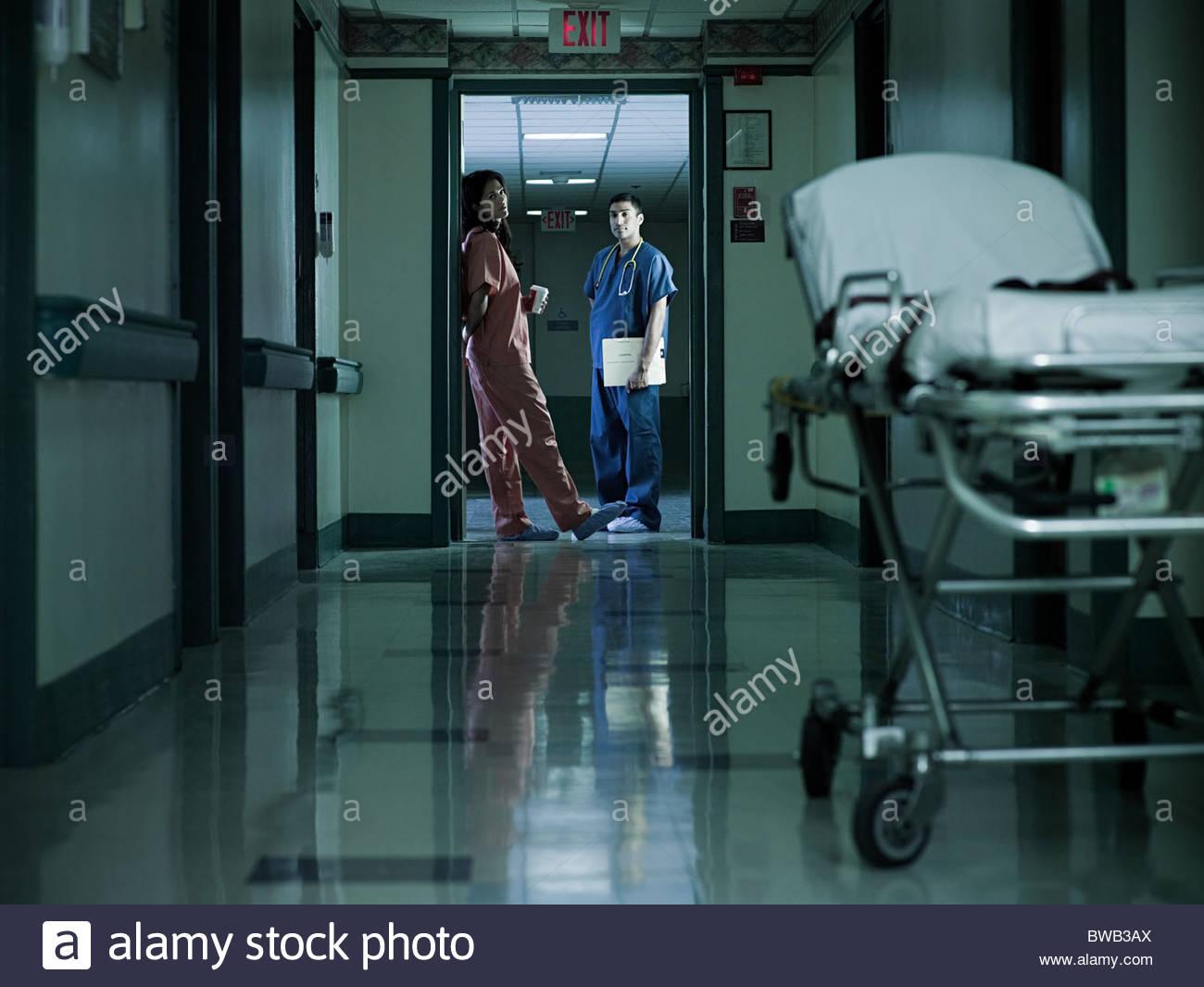 Hospital staff in corridor - Stock Image