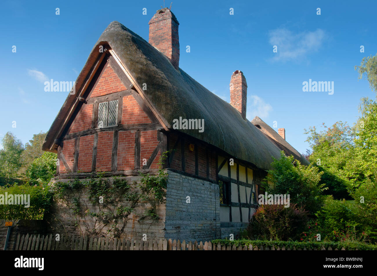 Anne Hathaway's cottage home, wife of William Shakespeare, in Stratford upon Avon Warwickshire. UK - Stock Image