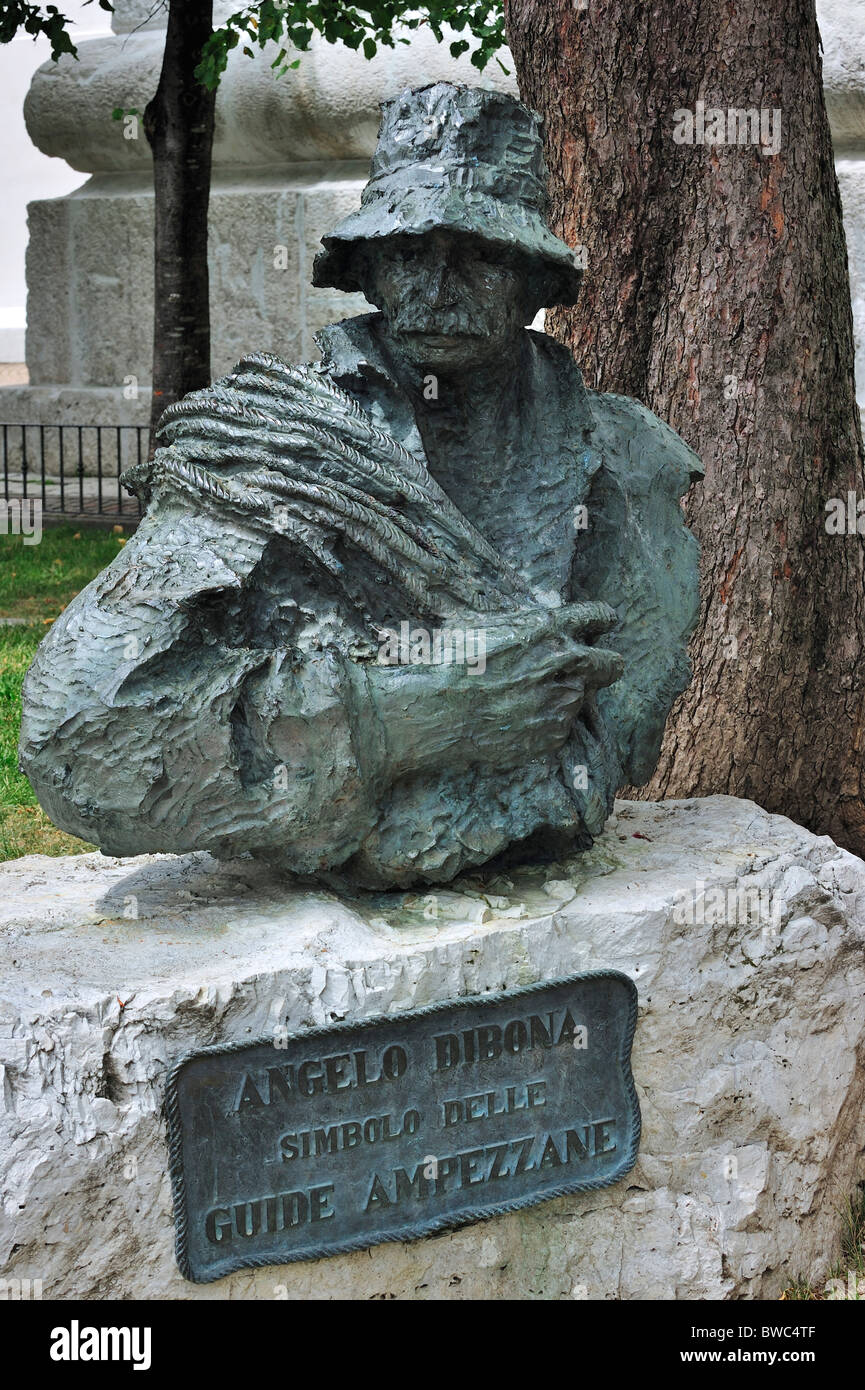 Statue of mountain guide Angelo Dibona at Cortina d'Ampezzo, Dolomites, Italy - Stock Image