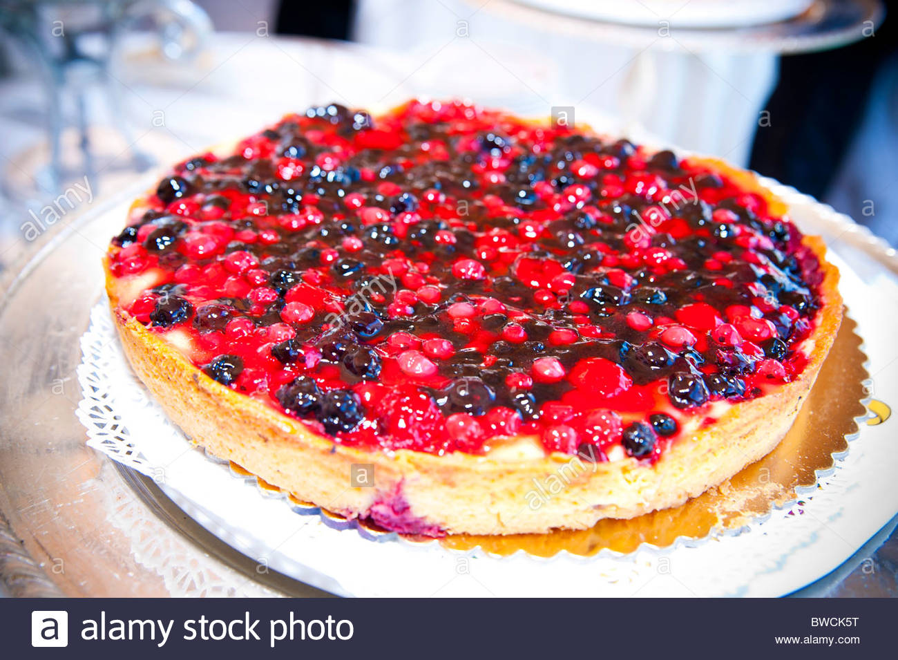 Blueberry and raspberry cake - Stock Image