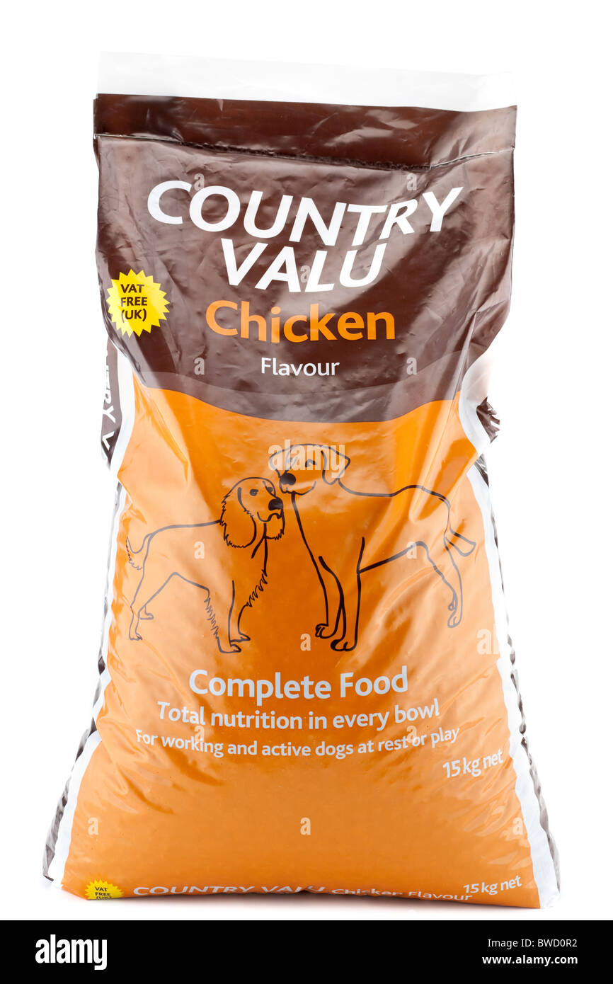 15 kg plastic sack of Country Valu chicken flavour complete dog food - Stock Image