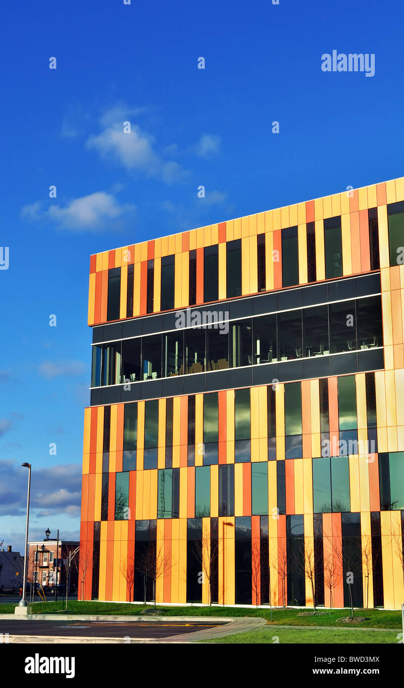 Superb modern architecture of new office building on street corner. - Stock Image